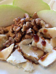 walnut cheese balsamic vinegar drizzle